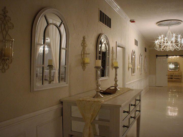 Tmx 1528264409 5b9b526f9512f7df 1528264405 B8558e64fdff74f2 1528264404444 7 Hallway 4 Statesville, North Carolina wedding venue