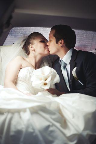 Tmx 1513970827248 63e1fc36 C027 49da Bc38 Cc53bae456dfrs2001.480.fit Milan, Michigan wedding transportation
