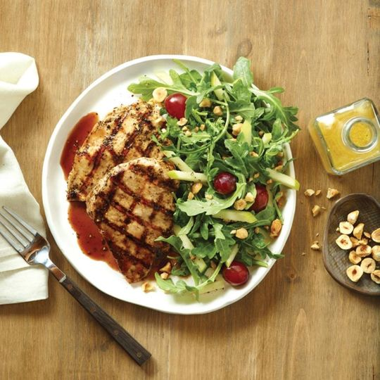 Chicken chiantiwood grilled chicken topped with a chianti demi sauce served with an arugula salad.