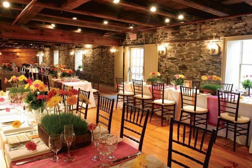 Wedding Cake Bristol Ri Dewolf Tavern Venue Weddingwire