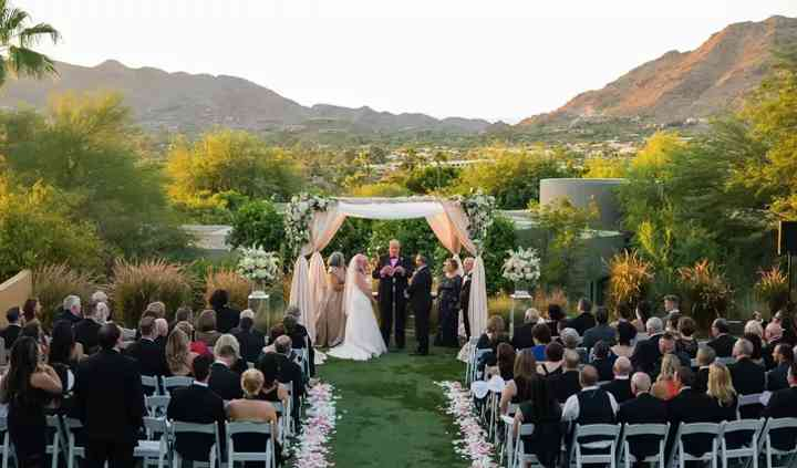 Brad May, Officiant