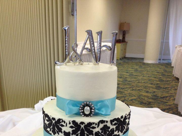 Tmx 1360690910985 Bluedamask Port Aransas wedding cake