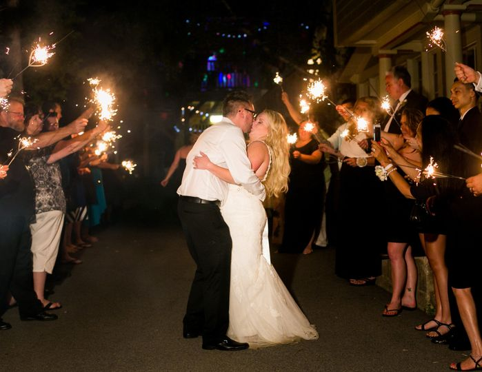 Couple kissing - Lake George Wedding