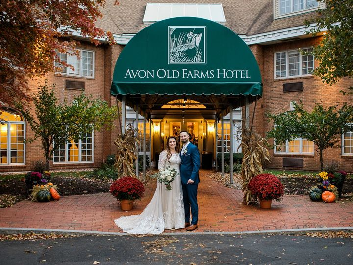 Tmx Gordon Wedding Sneak Peeks 2019 Sweet Alice Photography 20 51 444531 157443745852143 Clifton Park, NY wedding planner