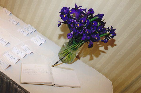 Card table with iris arrangement
