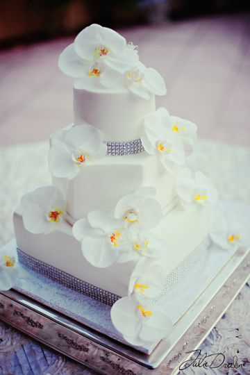 White flower toppers