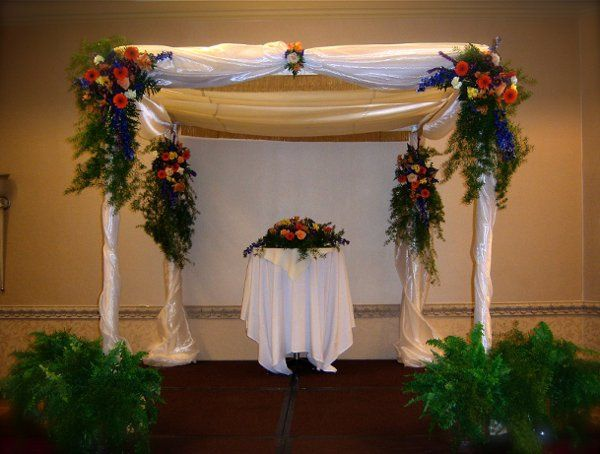 Floral arch and altar decor