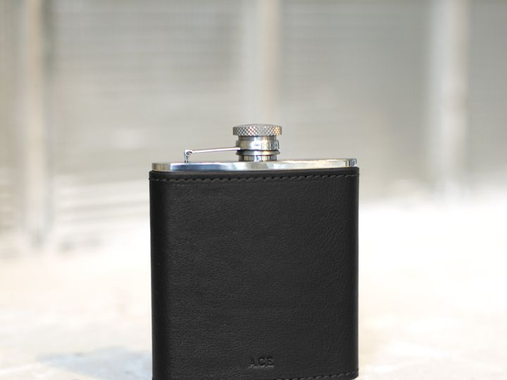 Tmx Northwind Modern 3 Wrappedflask Black 51 1020631 162204334161361 Minneapolis, MN wedding favor