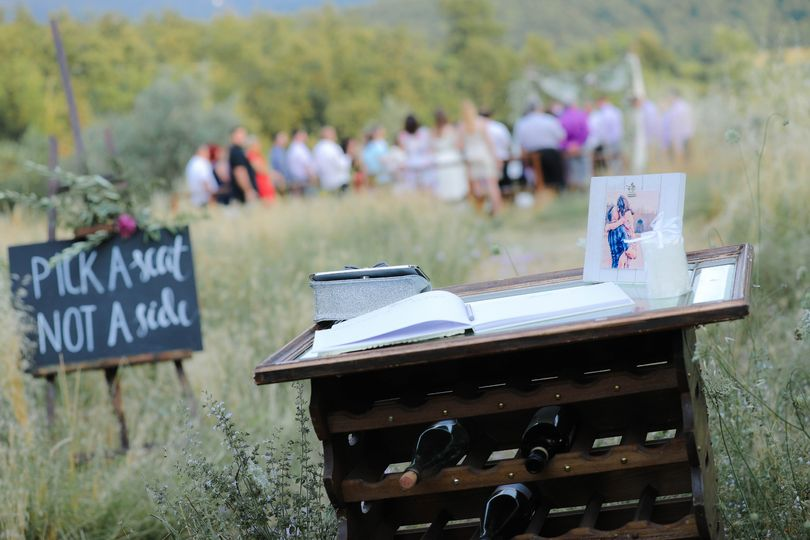 Outdoor ceremony at Ristonchi
