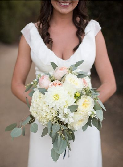 800x800 1437158423586 bridal bouquet 2