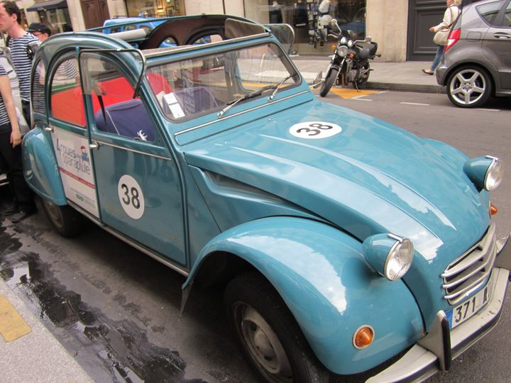 Vintage Citroen Tour, Paris