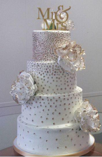 Dotted wedding cake