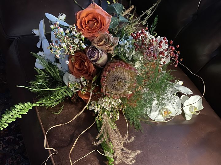 Tmx Img 0957 51 1897631 159777099599002 North Hampton, NH wedding florist