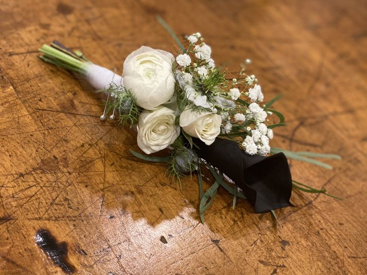 Tmx Img 7421 51 1897631 159777101463502 North Hampton, NH wedding florist