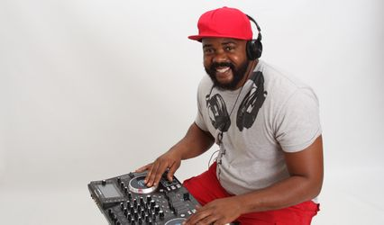 DJ Milly-Mil Entertainment