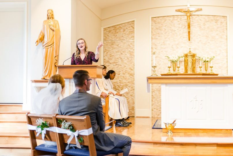 emily annette photography northern virginia nova wedding photographer catholic ceremony cantor bride groom marymount university arlington sacred heart mary chapel 51 999631