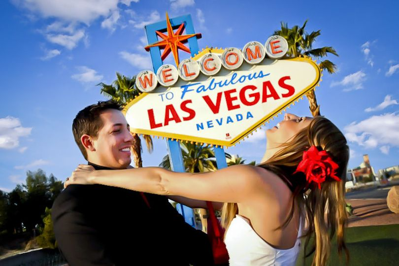 vegas views wedding photography elope