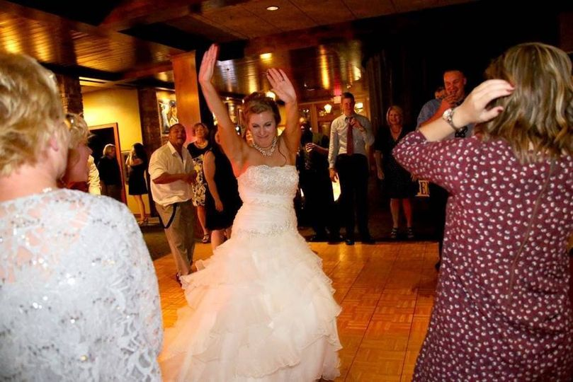 Wedding WI Dells Trappers Turn