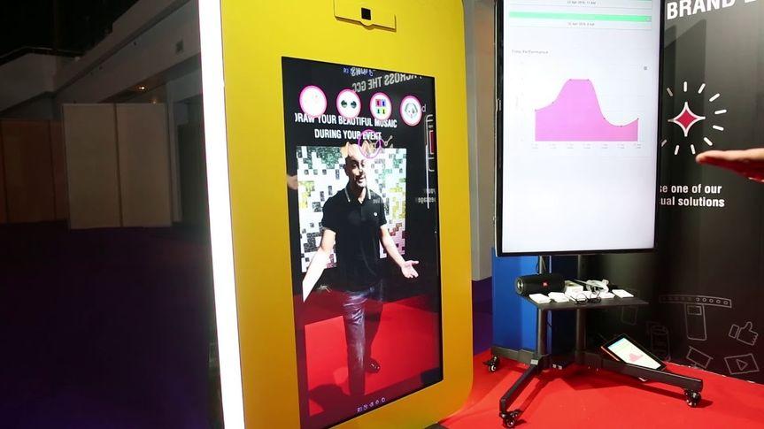 AR photo kiosk