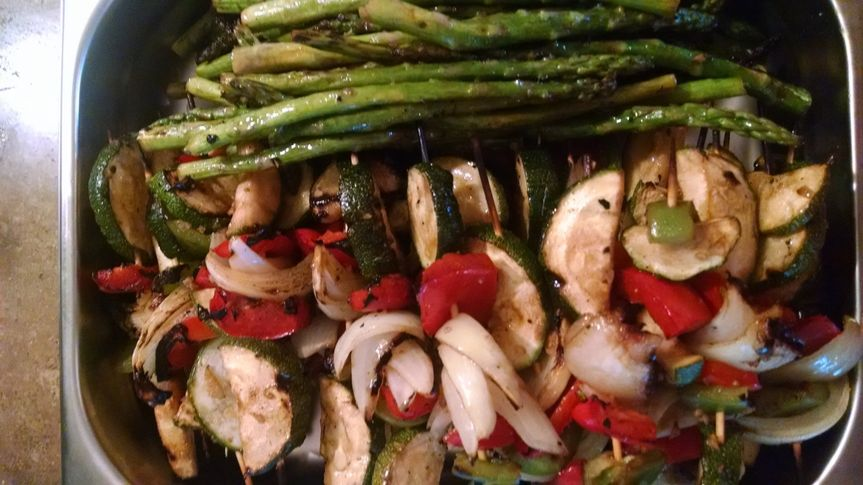 Grilled lilikoi balsamic asparagus with veggie skewers