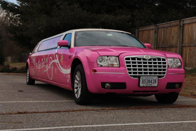 8 passenger Pink Chrysler 300