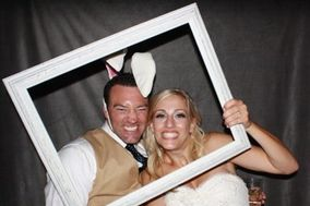 Feather River Entertainment - Photo Booth Rentals