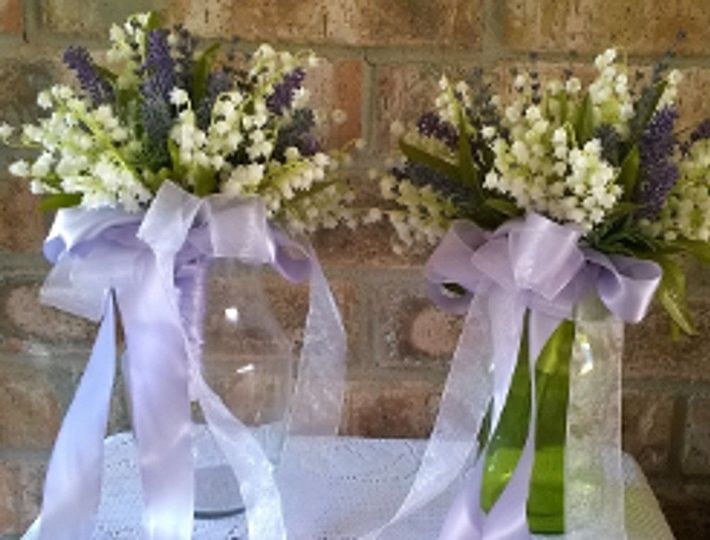 Lilies of the valley and lavender bridesmaibouquets
