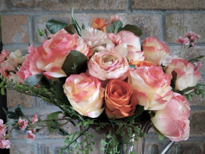 Tmx 1525647406 32963f6b51fa3010 1525647405 6d9e1fd7ff46184a 1525647402706 1 Arrangement In Sil Sequim, Washington wedding florist