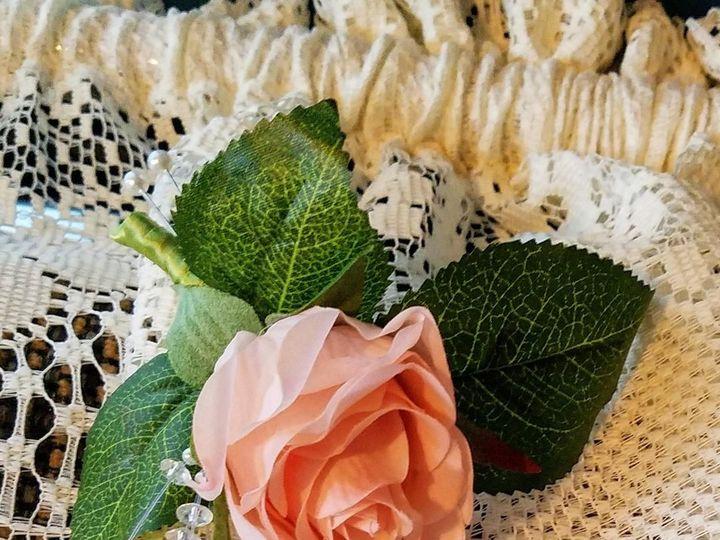 Tmx 1525649275 31f9cb413fc299a3 1525649274 7787578374268eef 1525649271114 20 Peach Rose Bout Sequim, Washington wedding florist