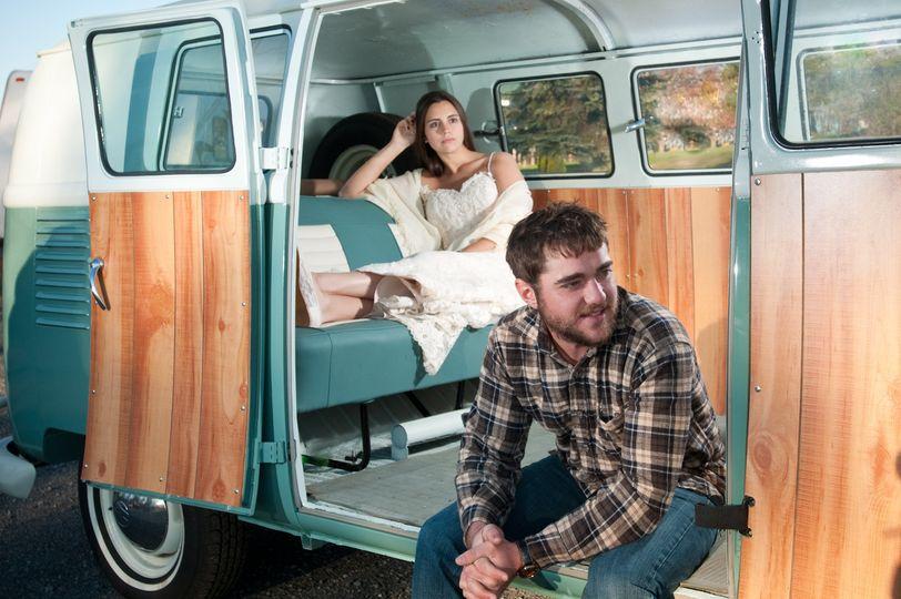 wedding couple volkswagen bus