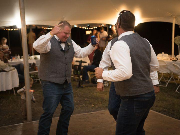 Groomsmen dancing!