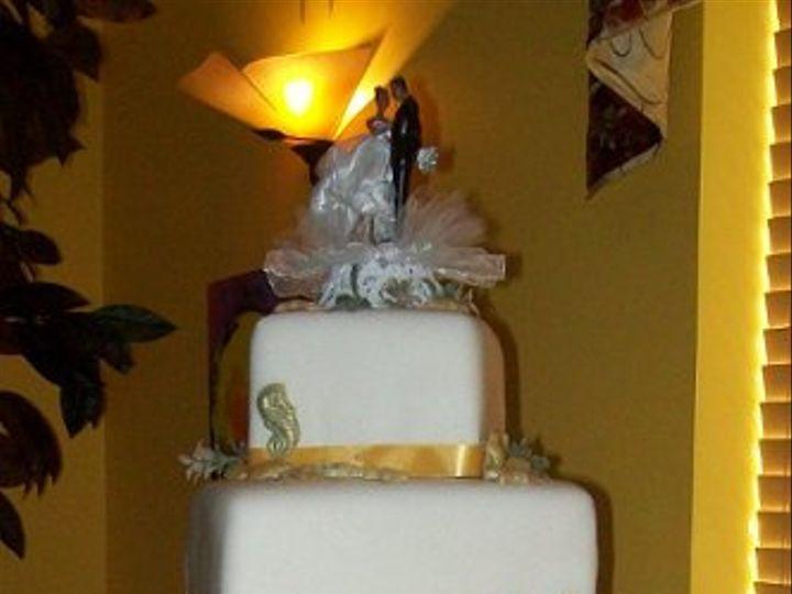 Tmx 1308837765418 GoldenShoresedited1 Stedman wedding cake