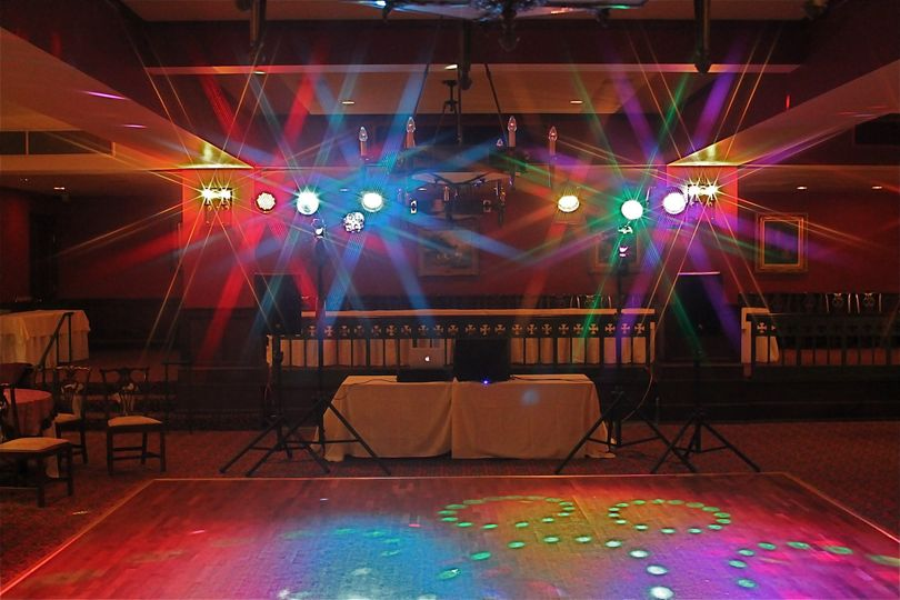 One of Center Stage Entertainments lighing setups for weddings