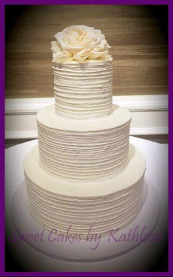 Fresh White Gardenia Cake