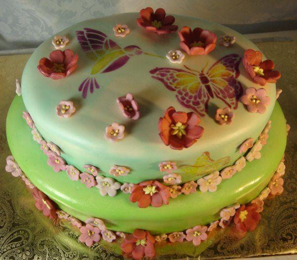 Tmx 1217760323047 2layercakewithsugarsculptureflowersandairbrushhumingbirdandbutterfies Greenville wedding cake