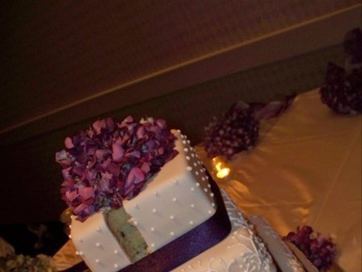 Tmx 1229052751299 Purpleweddingcake Greenville wedding cake