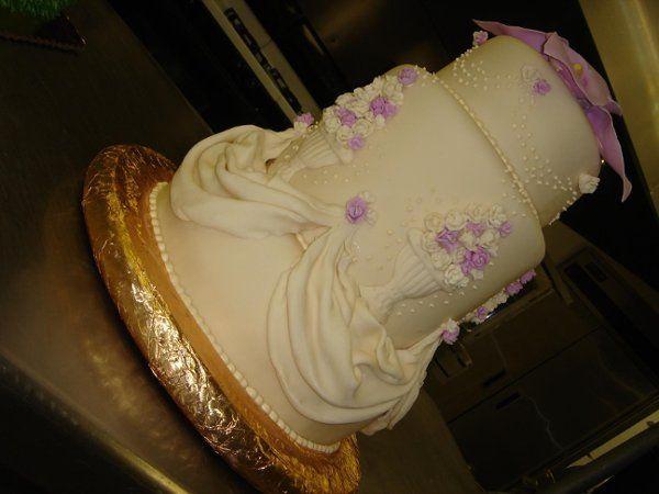 Tmx 1236740394985 DSC04764 Greenville wedding cake