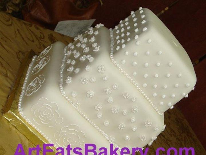 Tmx 1242612051890 Squarefondantweddingcakewithsugarflowersandpearls Greenville wedding cake