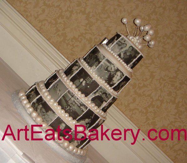 Tmx 1244409304768 Blackandwhiteediblephoto5tierweddingcake Greenville wedding cake