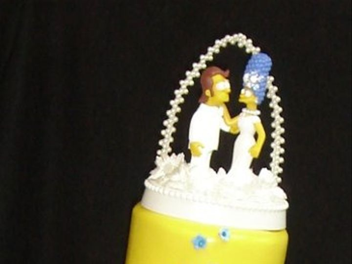 Tmx 1255044400145 SimpsonsyellowfondantweddingcakewithMargeandHomertopper Greenville wedding cake