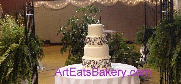 Tmx 1255044547801 Fondantfourtierweddingcakewithfreehandblackscrolls Greenville wedding cake