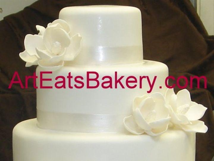 Tmx 1279494532359 Threetierwhitefondantcustomsugarmagnoliasweddingcake Greenville wedding cake