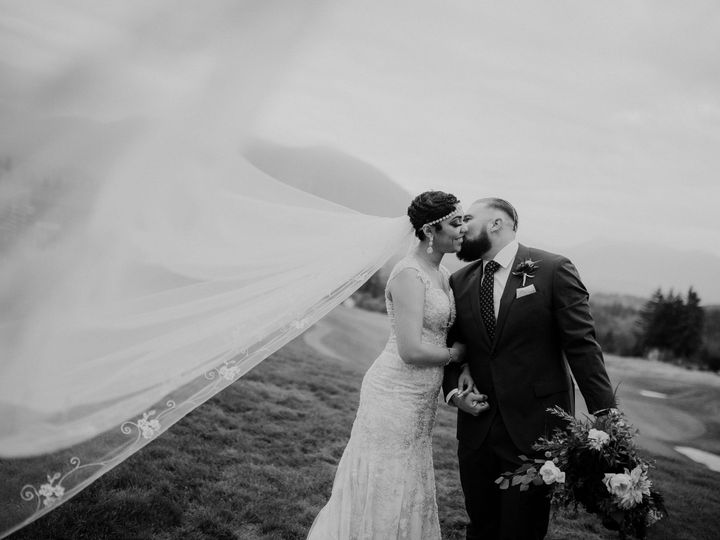 Tmx Rb 615 51 1013831 Bellevue, WA wedding photography