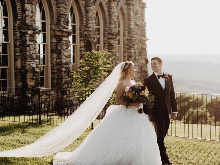 Tmx 42134441 10156155864628995 1740884531516276736 O 51 196831 V2 Springfield, Missouri wedding planner