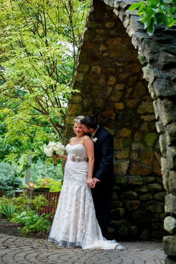 wedding bride groom portrait otdoors columbus oh b