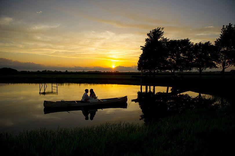 wedding sunset lake best columbus ohio wedding pho