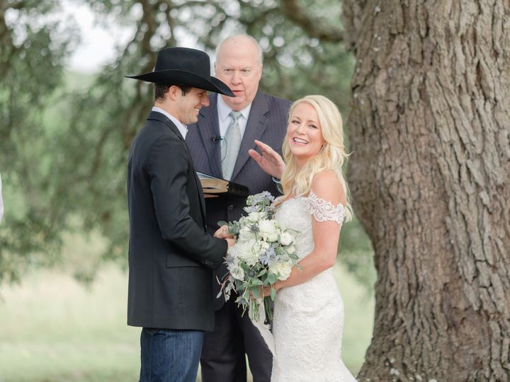 Tmx Holly Marie Photographyat Tree 51 981931 1567463227 Dripping Springs, TX wedding venue