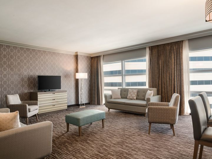 Tmx Mlbmh Parlor Suite Living Room K1jka 01 51 1862931 157504416345836 Melbourne, FL wedding venue