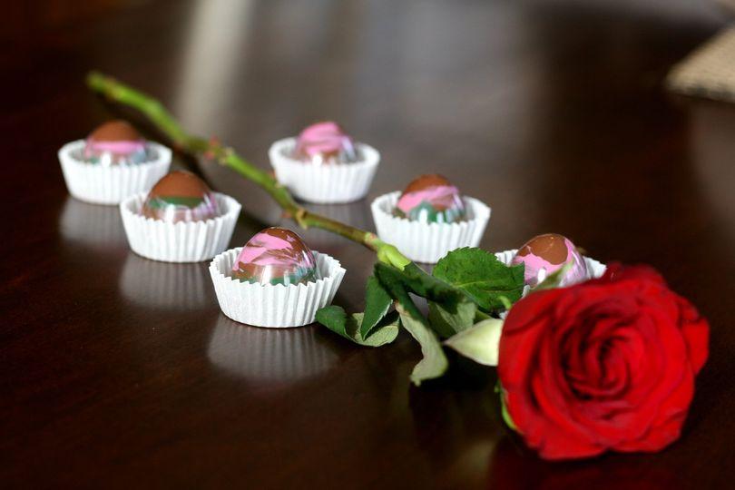 Pistachio rose
