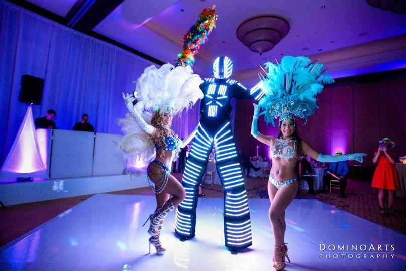 LED ROBOT & Dancers